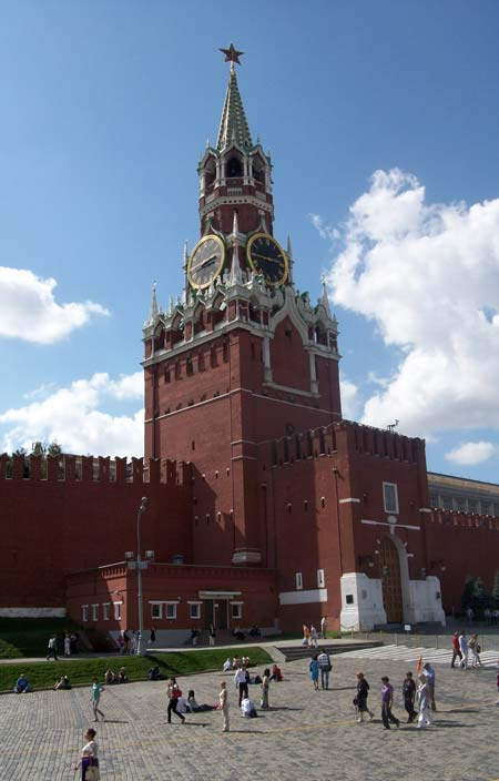 Le rosse mura made-in-italy del Cremlino