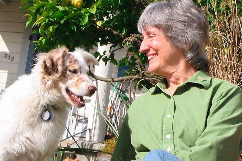 Donna Haraway e il suo cane Cayenne