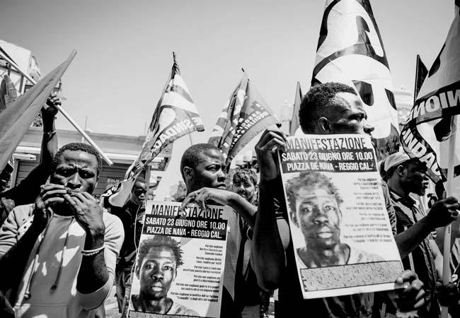 Manifestazione del sindacato USB dopo l'uccisione del bracciante Soumaila Sacko
