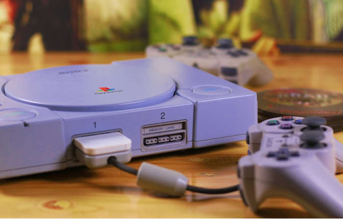 La mitica PlayStation 1 del 1994
