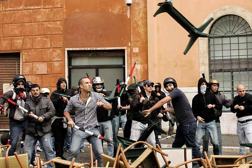 Francesco Polacchi, scontri di piazza Navona 28 ottobre 2008
