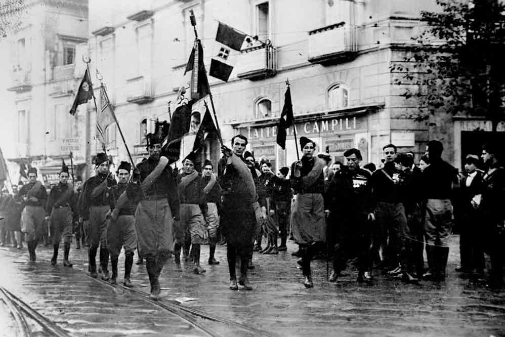 Marcia su Roma e dintorni di Emilio Lussu – La Storia che insegna